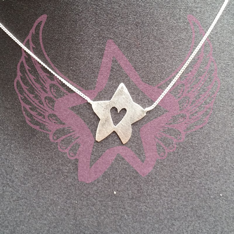 Necklace - Sabrina star on chain 1