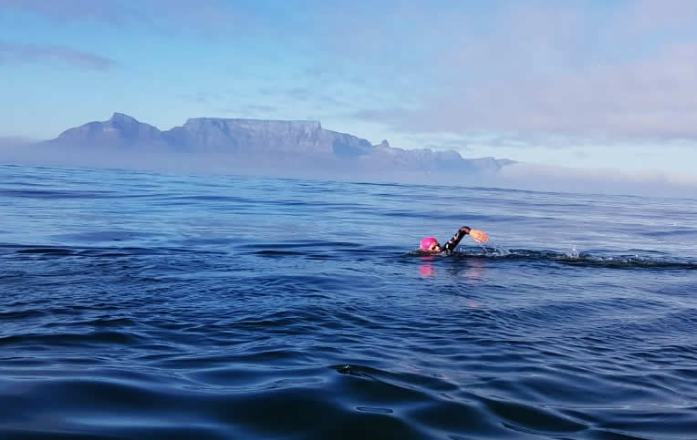 Lukas Ochsenbein swimming from Robben Island for Sabrina Love